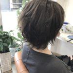 髪の毛のボリュームが出ない…その原因と解決策について解説